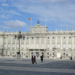 Why it is convenient to get an airport taxi from airport to Madrid City Centre